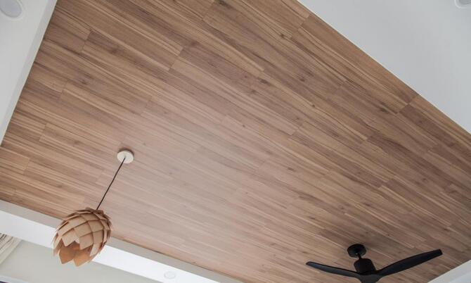 Ламинат на потолок. Как обшить потолок ламинатом?